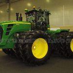 Встречайте John Deere 9R на «Агросалоне-2012»