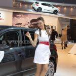 Девушки на Московском Автосалоне 2012