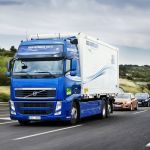 Volvo Trucks лидирует в области создания технологии будущего — беспроводной связи дорожных автокараванов