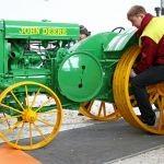 «Тракторные заводы» восполняют пробелы в истории мирового тракторостроения