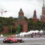 Звезды мирового автоспорта у стен Кремля: Moscow City Racing