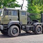 Новый грузовик Урал— тягач для танков и бронетехники