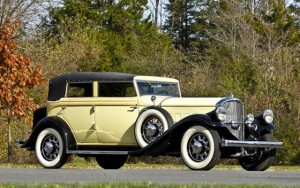 1932_pierce-arrow_model_54_conv_sedan_03_002-560x352