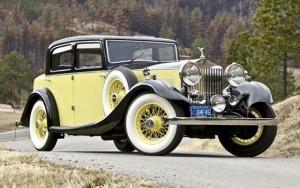 1935_rolls-royce_20-25_sport_saloon_03-560x352