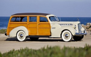 1941_packard_160_station_wagon_49-560x352