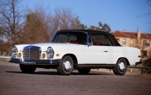1971_mercedes-benz_280se_convertible-13-560x352
