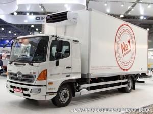 Hino 500 рефрижератор Техпро с гидробортом BAR на выставке COMTRANS 13