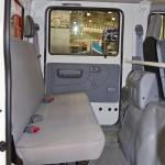 двойная кабина Hino 300 второй ряд сидений