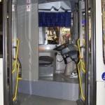 Низкопольный городской автобус Волжанин СитиРитм на выставке COMTRANS 13 передняя дверь