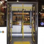 Низкопольный городской автобус Волжанин СитиРитм на выставке COMTRANS 13 среднняя дверь