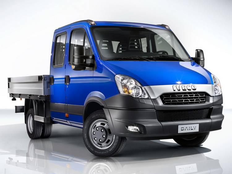 iveco_daily_pickup-4-door_2011