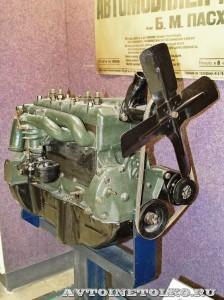 Двигатель ГАЗ М в Политехническом музее