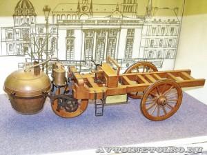Масштабная модель паровой телеги Николаса Кюньо из коллекции Политехнического музея