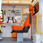 Автомобиль скорой медицинской помощи класс B Газель Бизнес Промышленные Технологии на выставке Здравоохранение 2013 боковая дверь