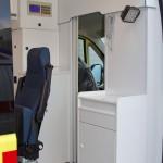 Неонатальный автомобиль скорой медицинской помощи класс C Citroen Jumper Промышленные Технологии на выставке Здравоохранение 2013 перегородка