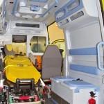 Реанимобиль класс C Volkswagen Crafter Сикар на выставке Здравоохранение 2013 салон справа