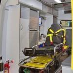 Автомобиль скорой медицинской помощи класс B Renault Master СТ Нижегородец на выставке Здравоохранение 2013 салон слева