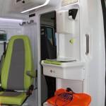Реанимобиль класс C Peugeot Boxer НиАЗ на выставке Здравоохранение 2013 перегородка