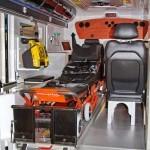 Модульный реанимобиль Volkswagen Amarok NEGEA Tamlans на выставке Здравоохранение 2013 салон