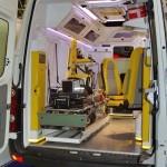 Реанимобиль класс C Volkswagen Crafter НиАЗ на выставке Здравоохранение 2013 салон слева