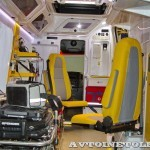 Реанимобиль класс C Volkswagen Crafter НиАЗ на выставке Здравоохранение 2013 салон