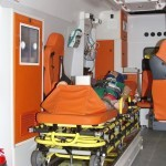 Автомобиль скорой медицинской помощи класс B Ford Transit Промышленные Технологии на выставке Здравоохранение 2013 салон слева