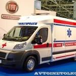 Модульный реанимобиль FIAT Ducato СТ Нижегородец на выставке Здравоохранение 2013 слева