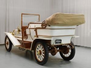 Фаэтон Austin Model 60 1909 года сзади слева