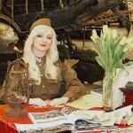 Девушки в военной форме на Олдтаймер-галерее Ильи Сорокина - 3