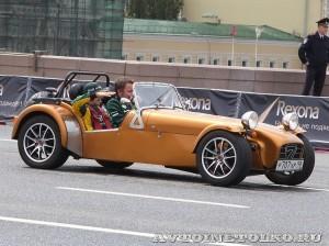 Caterham Seven на автомобильном шоу Moscow City Racing 2013 - 1