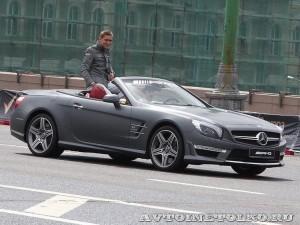 Mercedes-Benz SL63 AMG на автомобильном шоу Moscow City Racing 2013 -1