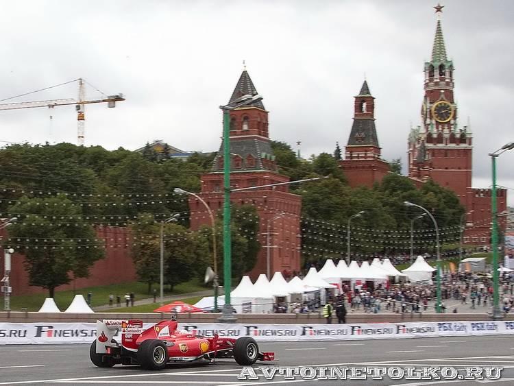 Ferrari F1 на автомобильном шоу Moscow City Racing 2013 - 6