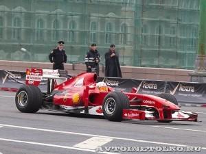 Ferrari F1 на автомобильном шоу Moscow City Racing 2013 -1