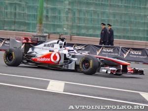 Vodafone McLaren Mercedes F1 на автомобильном шоу Moscow City Racing 2013 - 1