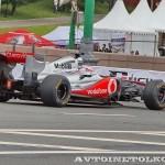 Vodafone McLaren Mercedes F1 на автомобильном шоу Moscow City Racing 2013 - 2