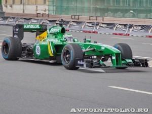 Lotus F1 на автомобильном шоу Moscow City Racing 2013 - 1