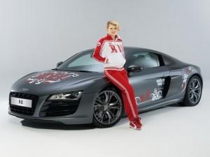 фотосессия олимпийского Audi R8 с участием Полины Киценко