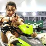 Девушки в камуфляже на Московском автомобильном салоне - 6