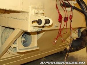 Плавающий вездеход БТ-3 производства ИП Говоров ОКБ на выставке Вездеход 2013 в Крокус Экспо водометы