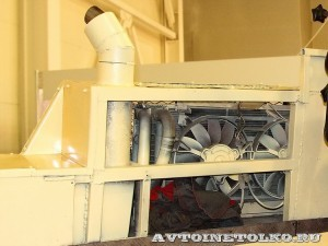 Плавающий вездеход БТ-3 производства ИП Говоров ОКБ на выставке Вездеход 2013 в Крокус Экспо радиаторы