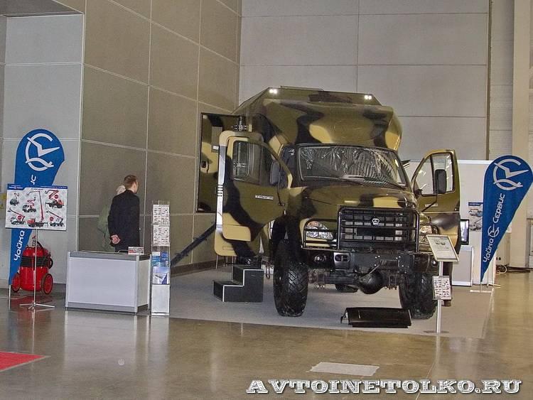 Вездеход Тайга-VIP от Чайка-Сервис на выставке Вездеход-2014 в Крокус Экспо - 22