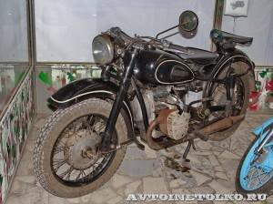 Мотоцикл Днепр К-750 в музее Ретро-Мото на ВВЦ - 1