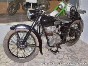 Мотоцикл Simson AWO 425 в музее Ретро-Мото на ВВЦ - 1
