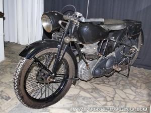Мотоцикл NSU OSL-201 в музее Ретро-Мото на ВВЦ - 1