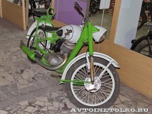 Мотоцикл ИЖ-49 в музее Ретро-Мото на ВВЦ - 1