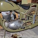 Мотоцикл ИЖ-350 в музее Ретро-Мото на ВВЦ - 4