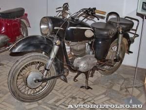 Мотоцикл MZ ES-250 в музее Ретро-Мото на ВВЦ - 1
