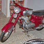 Мотоцикл Jawa 360 в музее Ретро-Мото на ВВЦ - 2