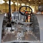 колесный трактор СХТЗ-15-30 на стенде Мастерской Шаманского на Олдтаймер-Галерее в Сокольниках 2014 - 11