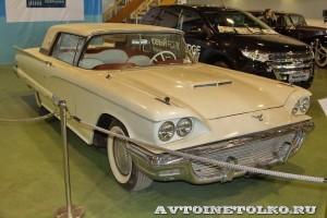 Ford Thunderbird на Олдтаймер-Галерее в Сокольниках 2014 - 1